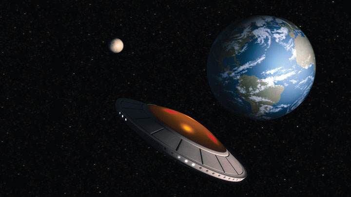 Alien Trespass – Spaceship Heading To Earth