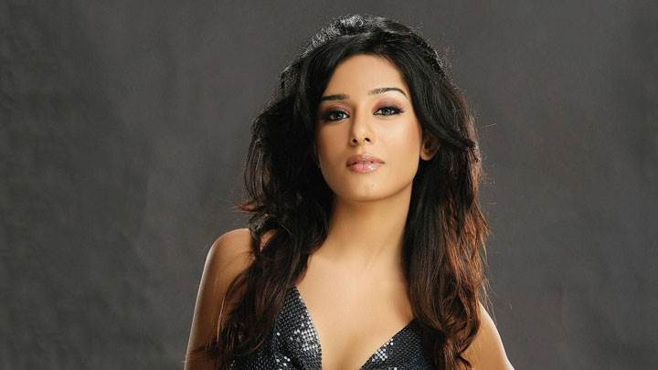 Amrita Rao In Black Dress And Wet Lips