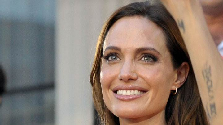 Angelina Jolie Smiling And Wet Lips Face Closeup