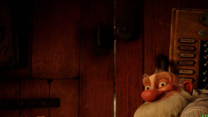 Arthur Christmas – Behind The Wooden Door
