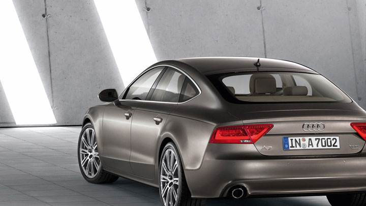 Audi A7 Sportback Back Pose in Brown