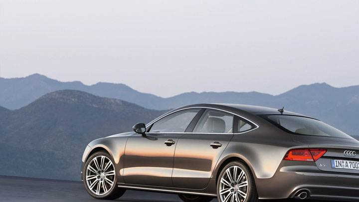 Audi A7 Sportback Side Back Pose Near Hills