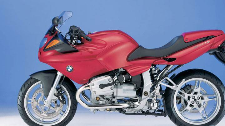 BMW R1100S in Red Color