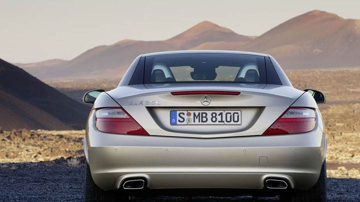 Back Pose of Golden Mercedes-Benz SLK 350