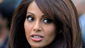 Bipasha Basu Looking Back Face Closeup