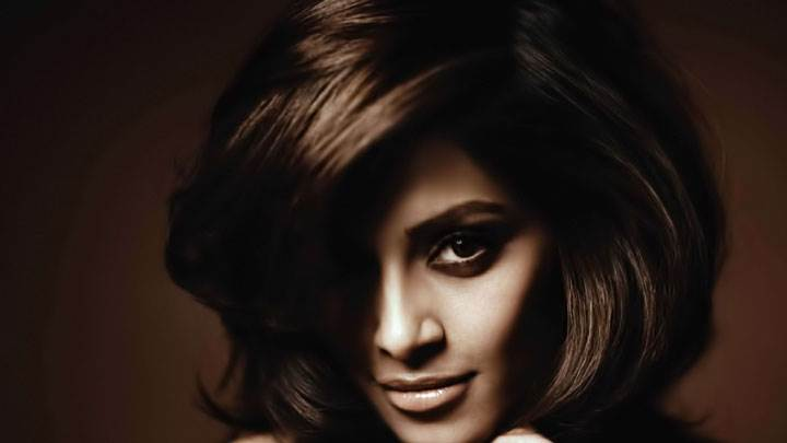 Bipasha Basu Looking Front Face Closeup