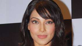 Bipasha Basu Wet Pink Lips Face Closeup