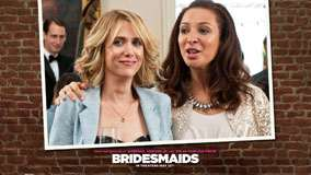 Bridesmaids &#8211; Kristen Wiig And Maya Rudolph Smiling