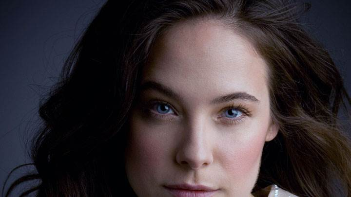Caroline Dhavernas Blue Eyes And Cute Face Closeup