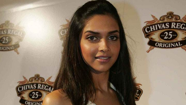 Deepika Padukone Smiling In Chivas Regal Event