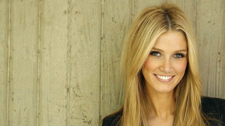 Delta Goodrem Smiling And Golden Hairs