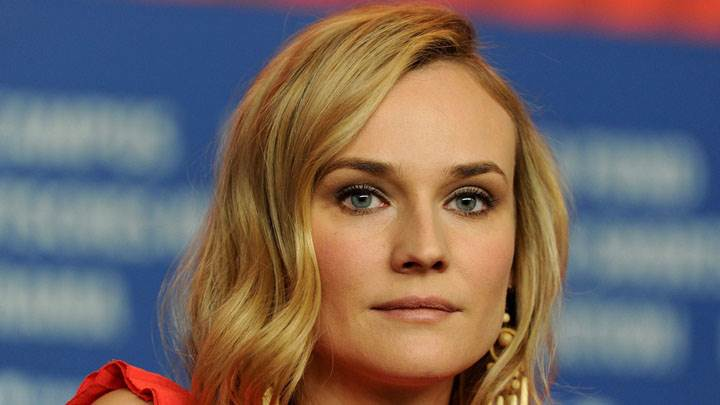 Diane Kruger Face Closeup And Golden Hairs