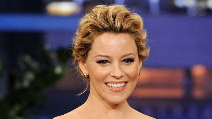 Elizabeth Banks Smiling Wet Lips Cute Face Closeup
