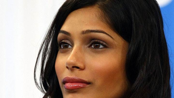 Freida Pinto Cute Eyes And Wet Red Lips Face Closeup