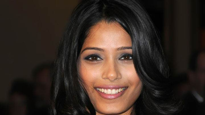 Freida Pinto Cute Smile In Public