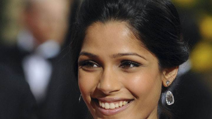 Freida Pinto Laughing In Public And Face Closeup