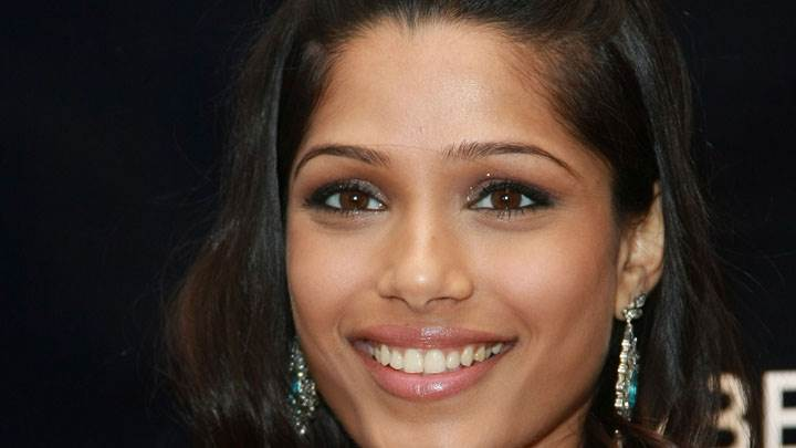 Freida Pinto Smiling Face Closeup And Black Background