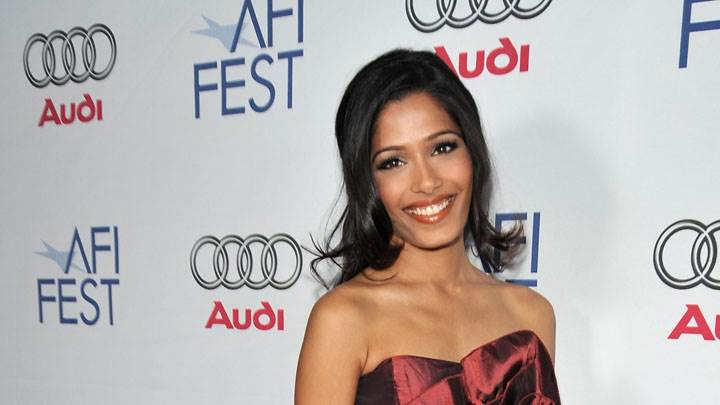 Freida Pinto Smiling In An Event