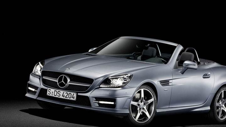 Front Side View of Silver Mercedes-Benz SLK 350