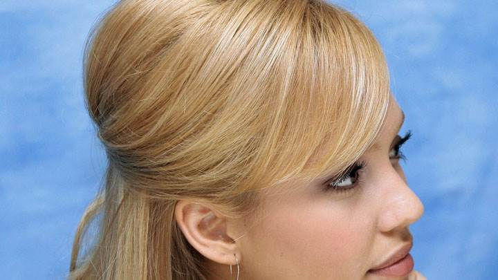 Jessica Alba Golden Hairs And Side Face Closeup