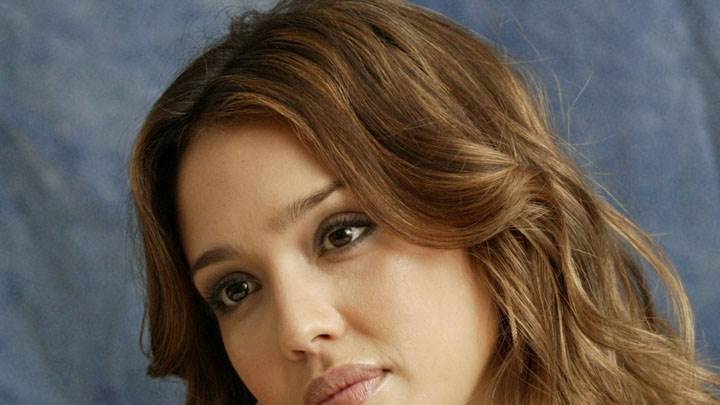 Jessica Alba Sweet Face Closeup And Blue Background