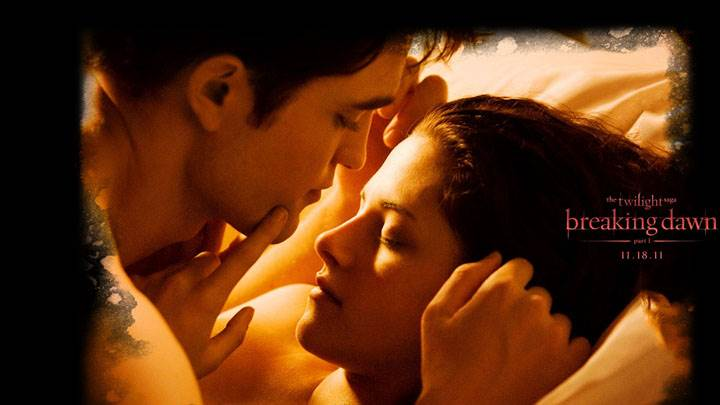 Kristen Stewart And Robert Pattinson On Bed