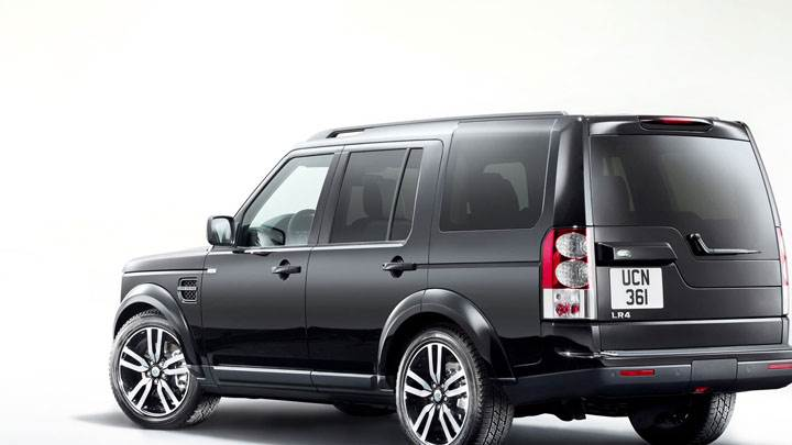 Land Rover Discovery in Black Side Back Pose