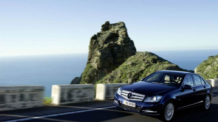 Mercedes-Benz C-Class C250 Standing on Road