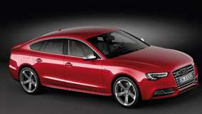Side Front View of 2012 Audi S5 Sportback