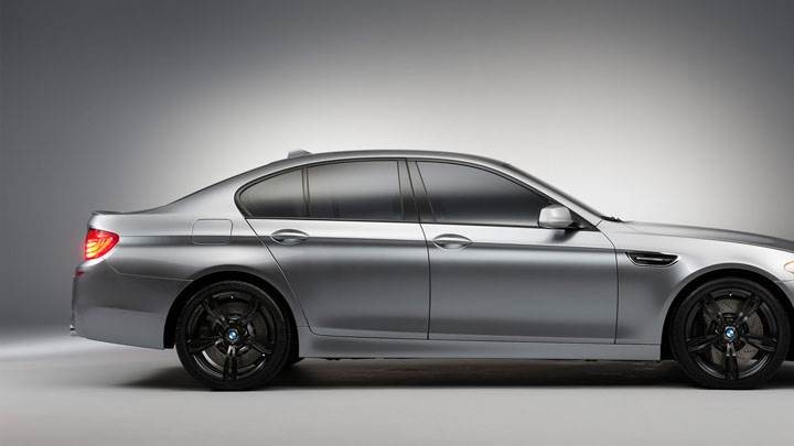 Side Pose of 2012 BMW M5 Concept