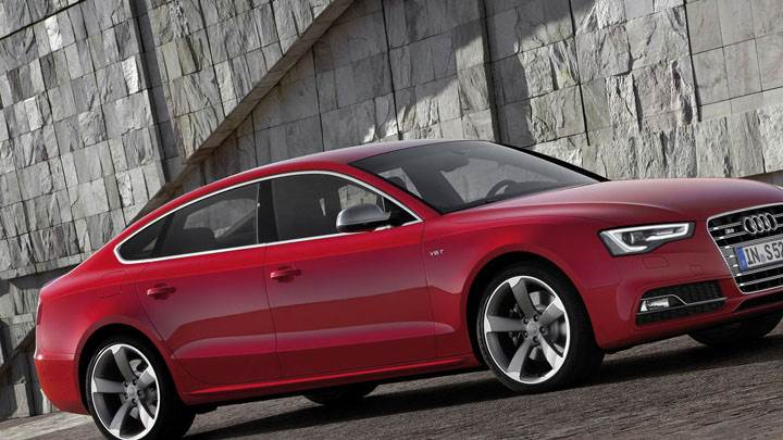 Side View of 2012 Audi S5 Sportback