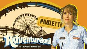 Adventureland – Kristen Wiig Smiling in Blue Dress
