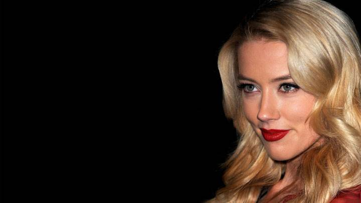 Amber Heard Smiling Red Lips And Black Background