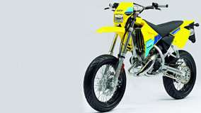CPI Supermoto 50 in Yellow Front Side Pose