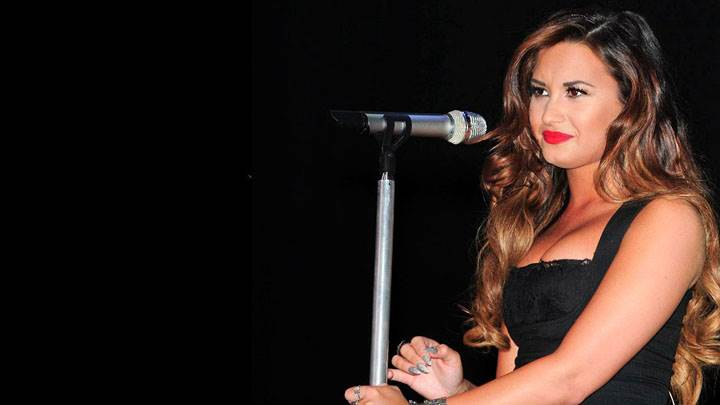 Demi Lovato In Black Dress Performs At The Wiltern In Hollywood