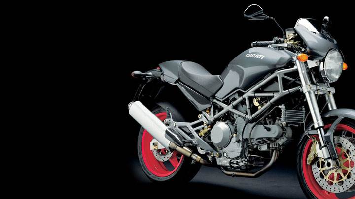 Ducati Monster 1000 S 2005 in Black And Black Background Side Pose