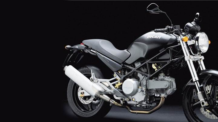Ducati Monster 620 2004in Black Side Pose And Black Background