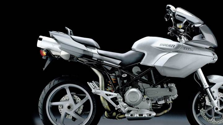 Ducati Multistrada 1000 DS 2004 in White Side Pose