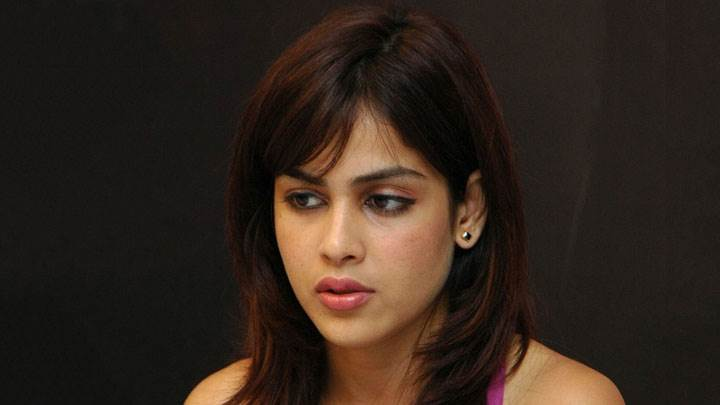 Genelia D'souza Sad Face Photoshoot And Black Background