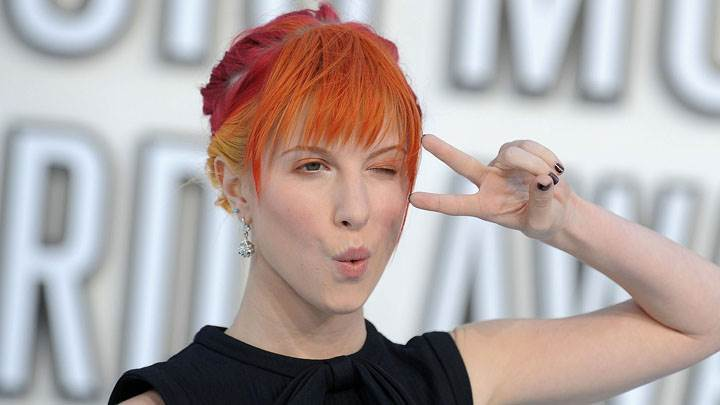 Hayley Williams In Black Dress & Orange Hairs