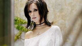 Jennifer Love Hewitt In White Dress Closeup Pose