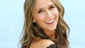 Jennifer Love Hewitt Smiling And Pink Lips & Blue Background