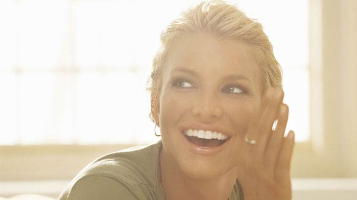 Jessica Simpson Laughing And Looking Side Face