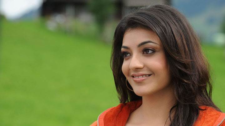 Kajal Aggarwal Smiling Cute Side Face Closeup