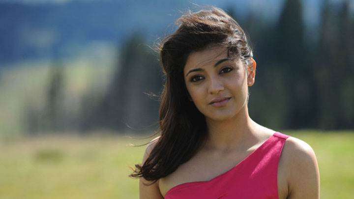 Kajal Aggarwal Smiling Sweet Cute Face In Pink Dress