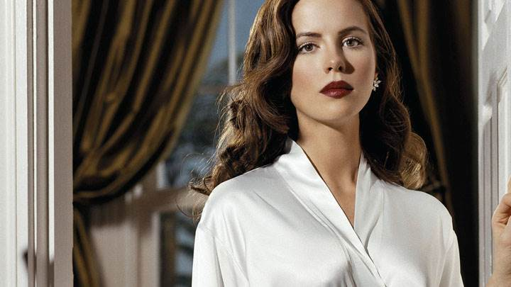 Kate Beckinsale In White Nighty And Cute Eyes Photoshoot