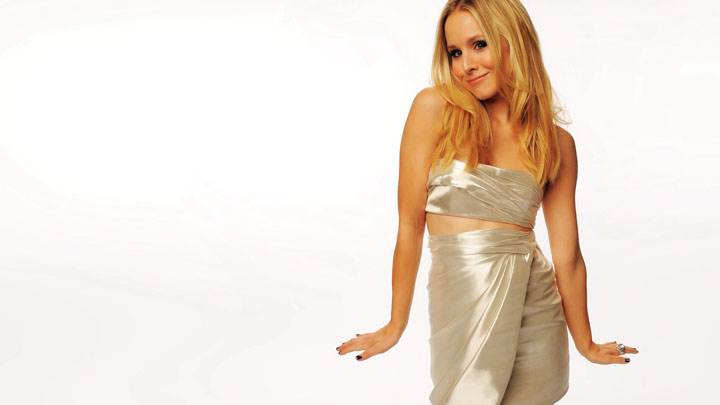 Kristen Bell Smiling In White Dress And White Background