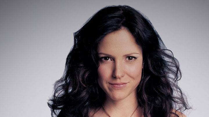 Mary-Louise Parker Wet Lips Smiling Face Closeup