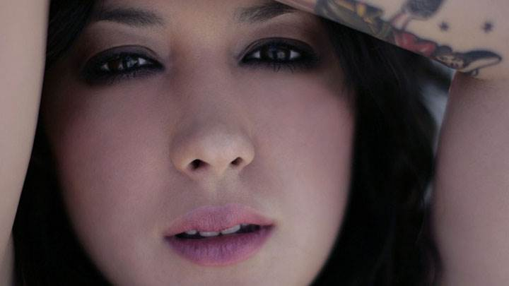 Michelle Branch Pink Lips Face Closeup