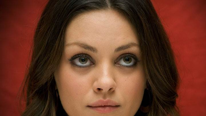 Mila Kunis Cute Eyes Sweet Face Closeup And Red Background